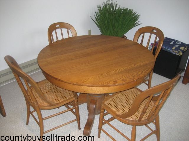 Antique Round Oak Pedestal Table With Caned Chairs In Russell, Geauga, Ohio    County Buy, Sell, Trade